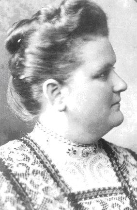 Emma J Harvat